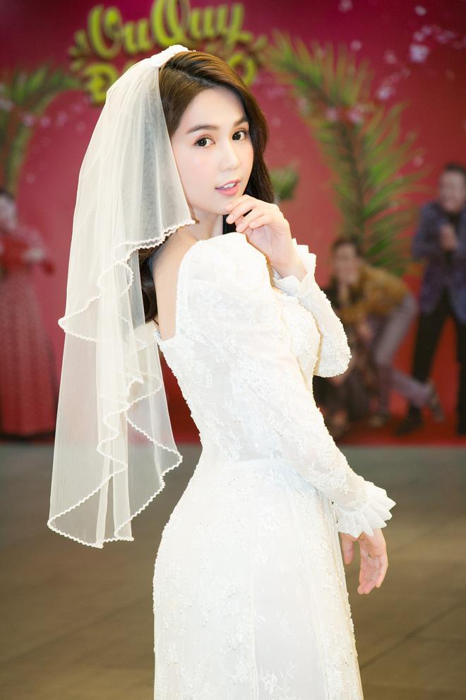 Sao và khán giả Việt bị thuyết phục sau suất chiếu đầu tiên Vu Quy Đại Náo của Ngọc Trinh - Diệu Nhi - Ảnh 9.