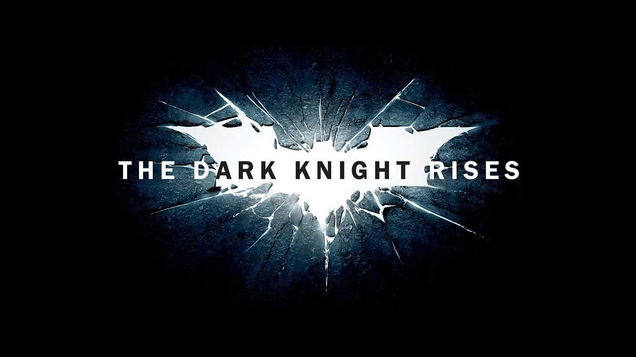 Joey King reveals her 'The Dark Knight Rises' character | Batman News