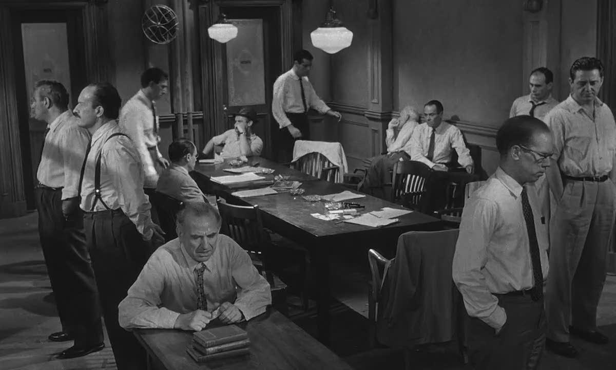 12 Angry Men: cuộc tranh luận vì lẽ phải